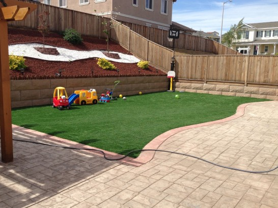Artificial Grass Photos: Synthetic Turf Supplier San Diego, California Playground, Beautiful Backyards